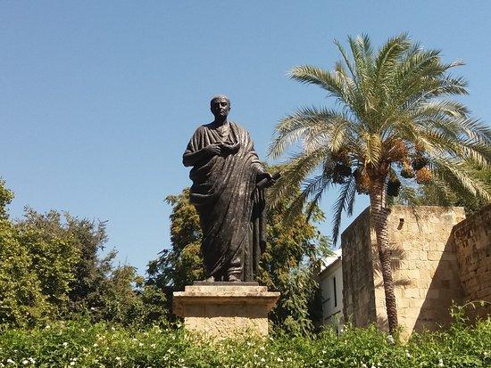 Estatua de Seneca