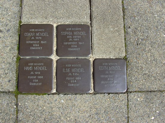 Straelen, Tyskland: Stolpersteine: Erinnerung an eine Familie......