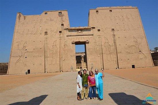 Forfait 4 jours, 3 nuits, visite d'Assouan à Louxor par le MS Mayfair, croisière sur le Nil : Package 4 Days 3 Nights Aswan to Luxor Tour by MS Mayfair Nile Cruise
