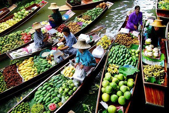 バンコクと水上マーケット、プライベートガイド付きツアー、4日間