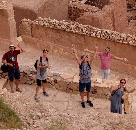 fes to marrakech 3 days desert tour: In viaggio con Kamal (maglia rosa)