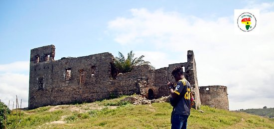 ‪‪Saltpond‬, غانا: Fort Amsterdam, ( Also Known As Fort Kormantin).Perched on a lofty hill in Abandze is one of the many forts that dot the Ghanaian coast line‬