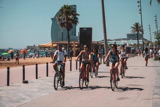 gudBIKE Free Tour Barcelona