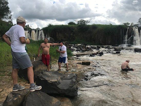 Siqueira Campos, PR: Visita a uma das cachoeiras da região