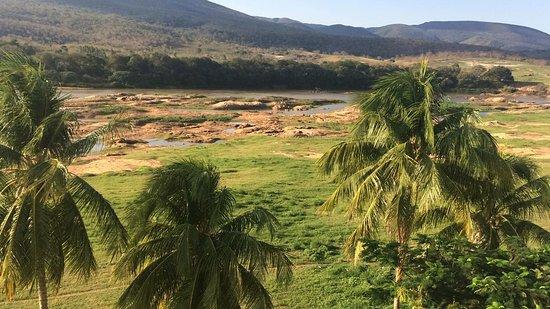 Jequitinhonha, MG: Triste ver a situação deste Rio tão importante