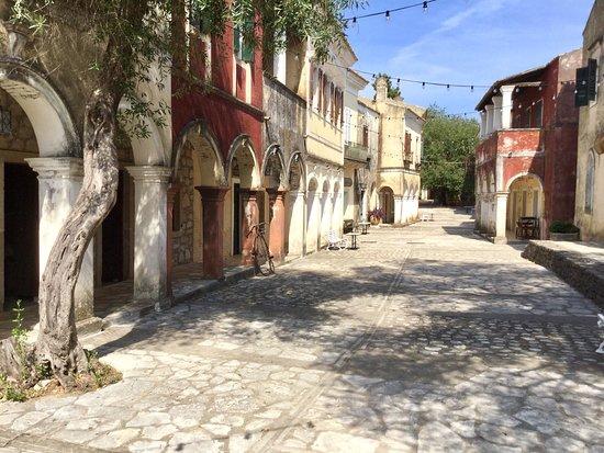 Danilia Village ภาพถ่าย