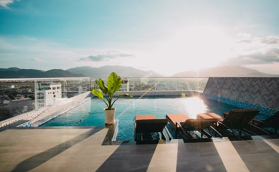 Le's Cham Hotel: Swimming Pool