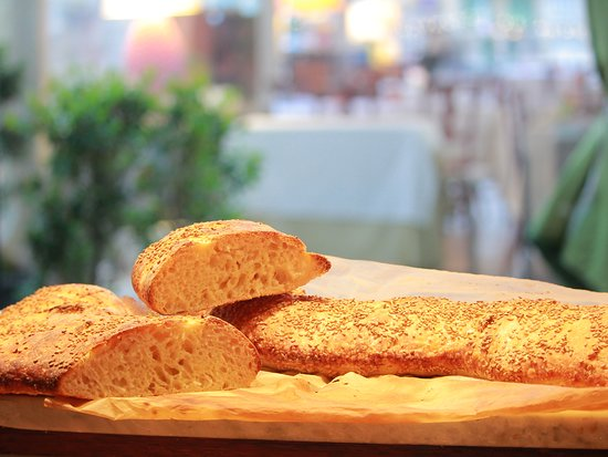 L'Orso: di nostra produzione ,pane a lievitazione naturale