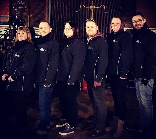 Supernatural Diaries Ghost Hunting Events Team   Left to right   Dawn, Tony, Alison, Ryan, Michelle & Kevin