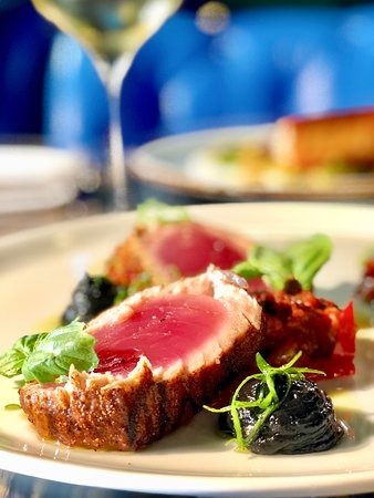 Oceanport, NJ: Seared Spiced Tuna