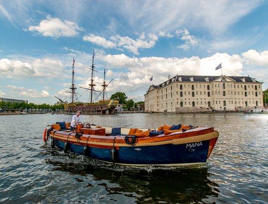 MANA boat tours