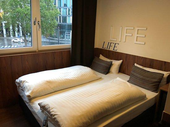 Hotel Europa Life, hoteles en Frankfurt
