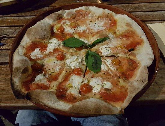 imagen Pizzeria Eric en Sant Pere Pescador