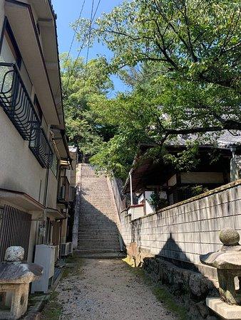 静かな札所のお寺