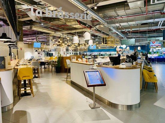 Tavoli E Sedie Da Giardino Auchan.Auchan Cloche D Or Citta Di Lussemburgo Menu Prezzo