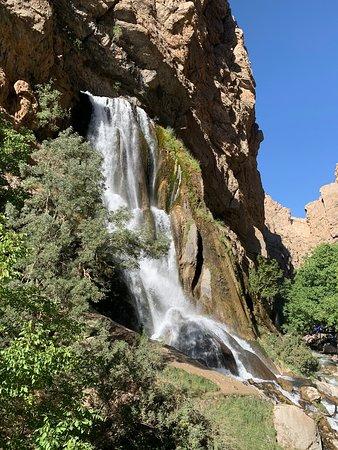 Aligudarz, Iran: Ab sefid fall