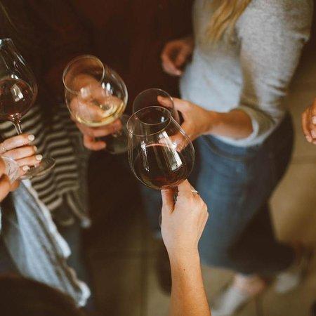 Salut Wine Studio