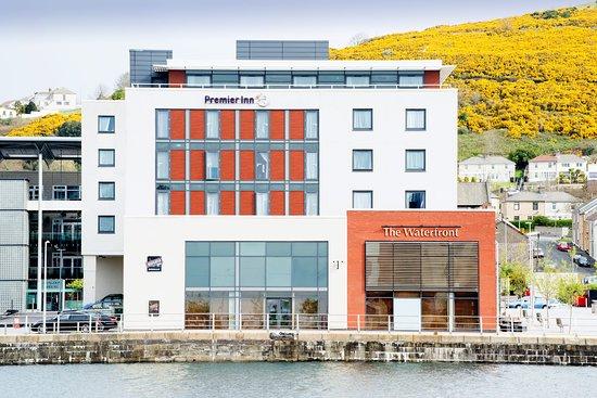 Premier Inn Swansea Waterfront Hotel