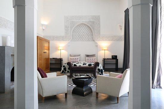 Suite Triple Lit Double Ou Lits Jumeaux Picture Of Riad Al Assala Marrakech Tripadvisor