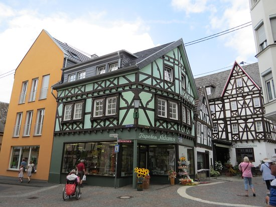 Linz am Rhein, Germania: Фахверковые здания на площади
