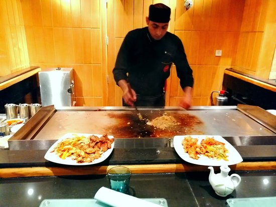 Amaging teppanyaki dinner