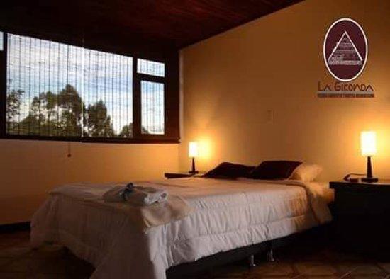 Guateque, Colombia: Silencio y comodidad en nuestras habitaciones. Descansos Gironda Campestre.
