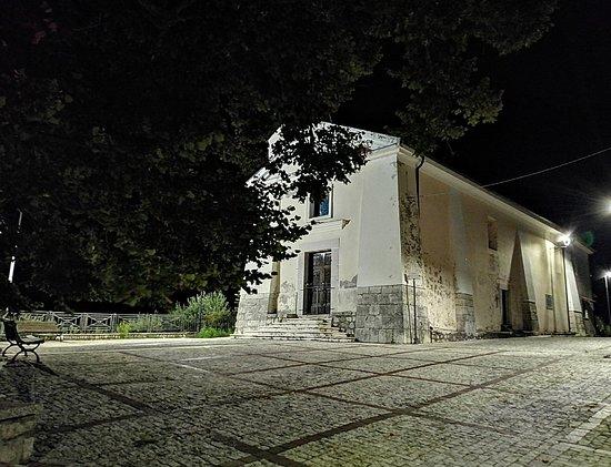 Chiesa di Santa Maria a Cannavile