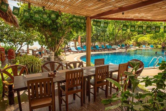 Crystal Bay Beach Club Lamai