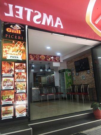 Fast Food Rusi Grill