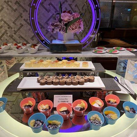 假日tea buffet
