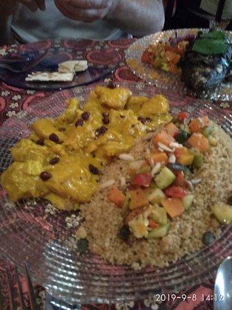 Casa Mazal - Juderia: Cuscus de pollo con curry