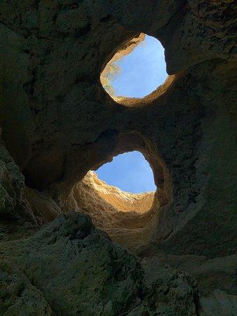 Foto de Excursión a las cuevas de Benagil
