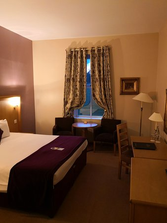 Camera da letto - Picture of Roganstown Hotel and Country ...