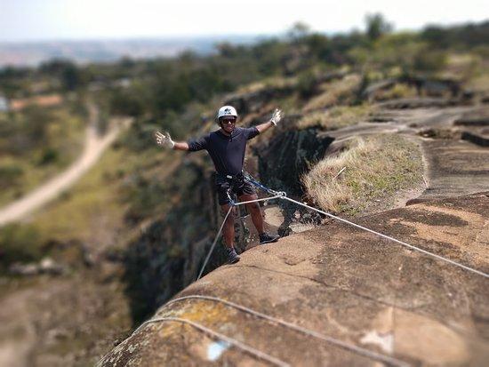 A Serra dos Cocais é uma formação geológica localizada no município ... a prática de esportes radicais, como escaladas, mountain bike, rapel,... Mais Informações Aqui https://sites.google.com/view/rapel-serra-dos-cocais