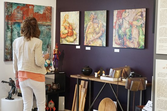 Moncton, Canada: Discover various mediums by various local artists
