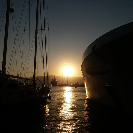 Piraeus, Hellas: 🤗🌄 Good morning....