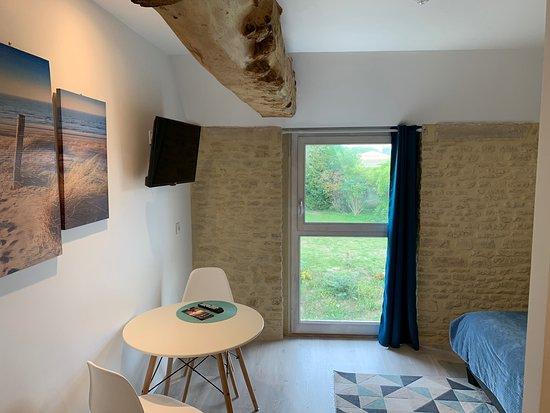 Bernieres-sur-Mer, Frankrike: Auberge de la Luzerne