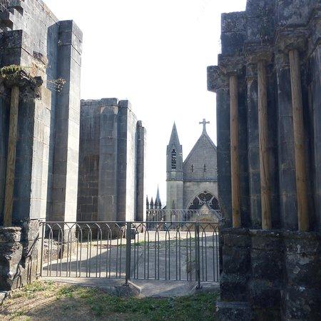 Vaucouleurs, Frankrike: Posto meraviglioso per andare sulle orme di Giovanna d'arco. È da quel posto che Giovanna ha iniziato la sua meravigliosa epopea. Da non mancare per tutti f Gli amanti di storia