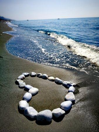 Torremezzo di Falconara, Ý: Greetings to all TripAdvisor friends. 🤠💙🌊