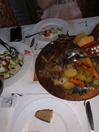 Gornji Klakar, Bosnia-Herzegovina: Super Küche, Sehr Feines und frisch zubereitetes Essen und ein sehr freundliches Personal.