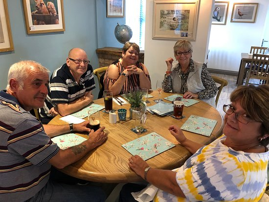 Norton, UK: last family meal before we return to Canada