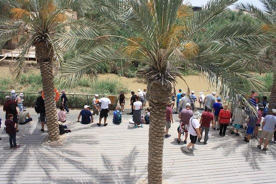 Al-Maghtas, Jordan: Tourists