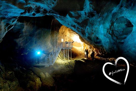Brezovska Gora, Slovenia: Kateri skriti kotiček v Posavju ti je najljubši? Ujemi ga v fotografski objektiv in ga deli z nami z uporabo #posavjepolnopriloznosti in #ifeelslovenia. #ajdovskajama