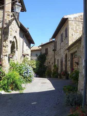 Borgo di Pianiano a Cellere: Uno scorcio