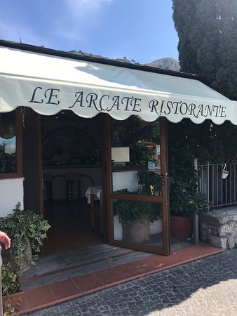 Excellent lunch in Anacapri