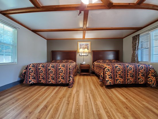 High Springs Country Inn