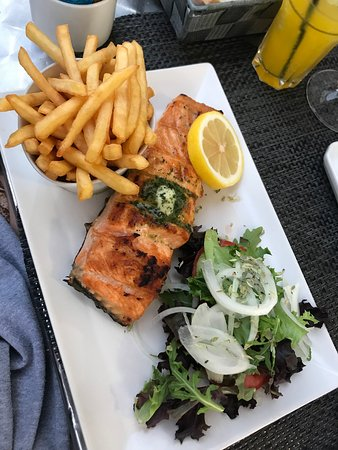 AMAZING FISH AND GRILL RESTAURANT IN LAGOS