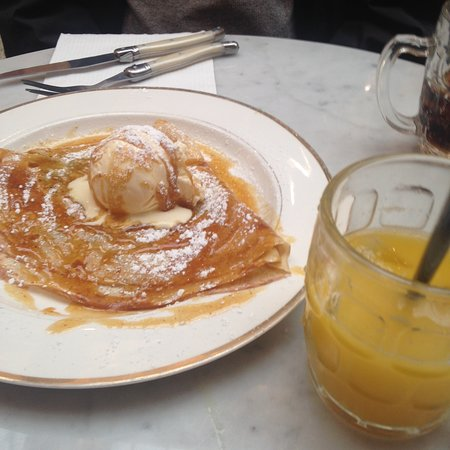 crepe martin, ice cream and fresh orange juice