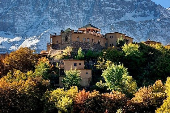 阿特拉斯山脉和三个山谷和瀑布:马拉喀什的导游一日游