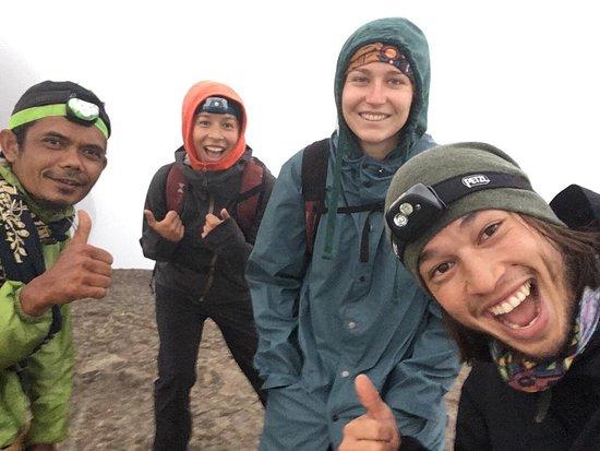 Sinaji Toraja Tour